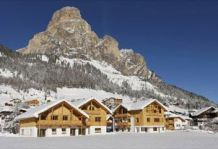 Шале в Корваре  / Chalet in Corvara (300 m from ski lifts) cod.win01