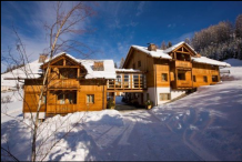 Chalet (quadrilo) in San Leonardo in Badia 500 m from ski lifts cod.win01