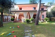 Villa in Forte dei Marmi cod.vil202
