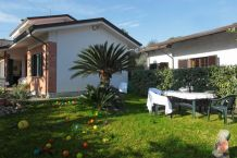 Villa in Forte dei Marmi cod.vil203